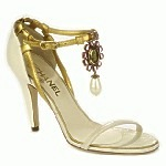 CHANEL_shoe_heels_gold_not_a_replica_discount